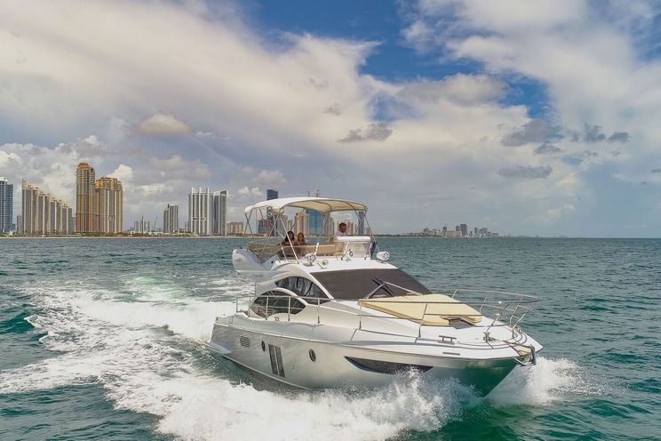 Charter Yacht Azimut 42 - 3 Staterooms - Day Charter - Miami