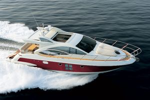 Azimut 43S - Cannes Day Charter Yacht - Vieux Port - Port Canto
