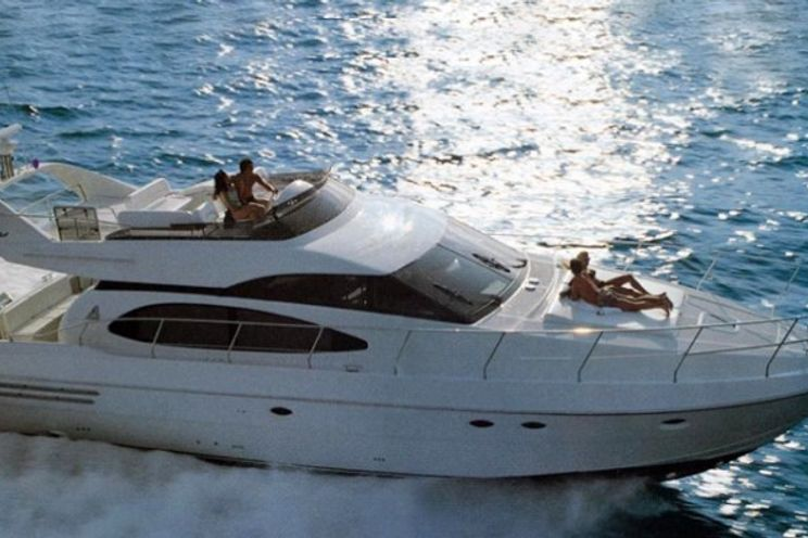 Charter Yacht Azimut 58 - 3 Cabins - Cannes