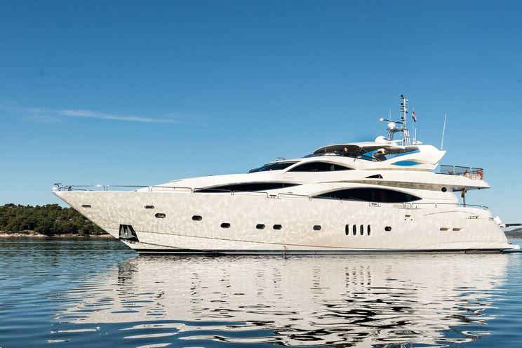 Charter Yacht BABY I - Sunseeker 32m - 4 Cabins - Trogir - Split - Kastel - Dubrovnik