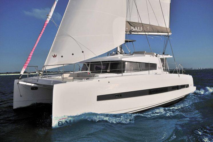 Charter Yacht Bali 4.1 - 3 Cabins - 2019 - Newport - Nassau - Bahamas