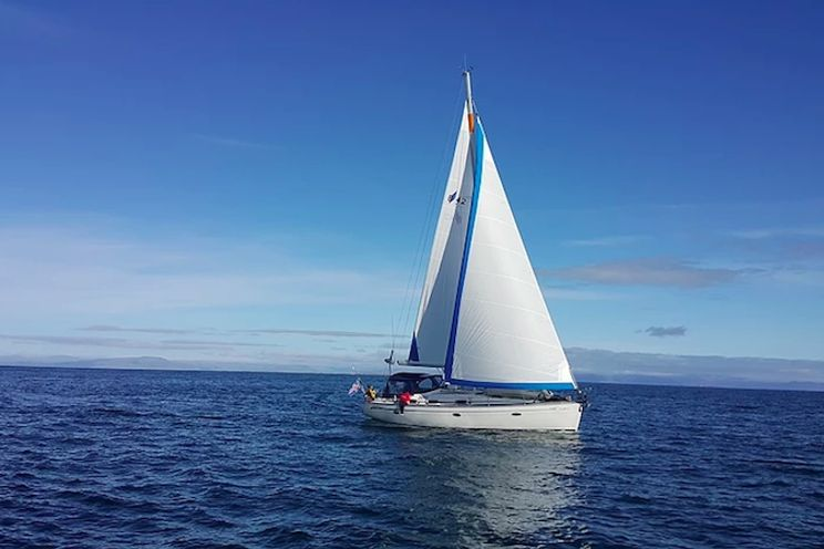 Charter Yacht Bavaria 42 - Iceland - 3 Cabins