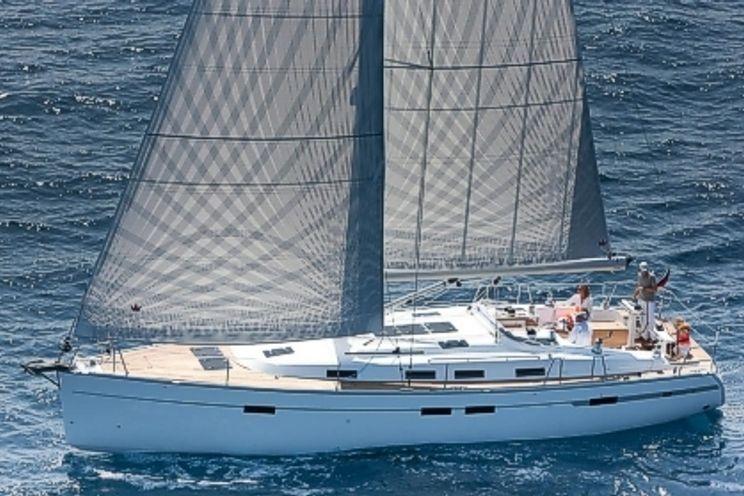 Charter Yacht Bavaria 45 - 3 Cabins - Grenada