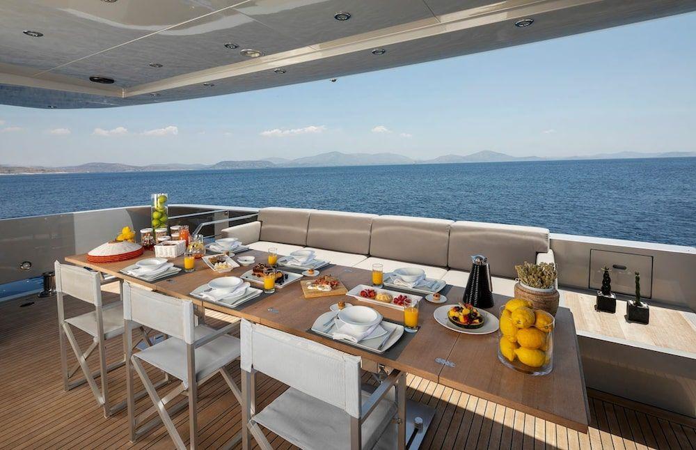 Admiral 42m Motor yacht BILLA Al Fresco Dining