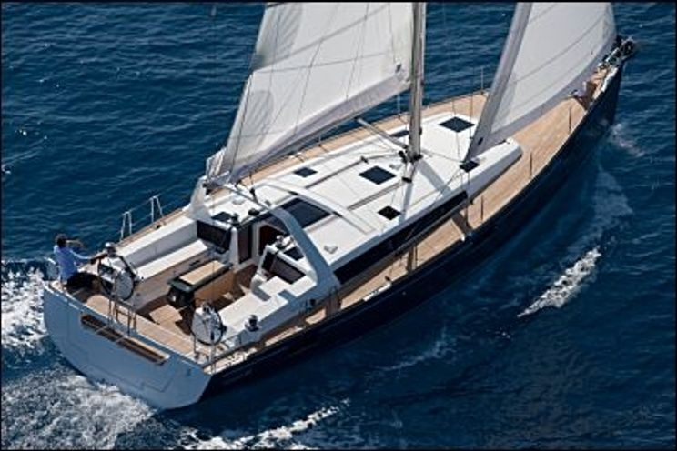 Charter Yacht Oceanis 48 - 5 Cabins - Guadeloupe