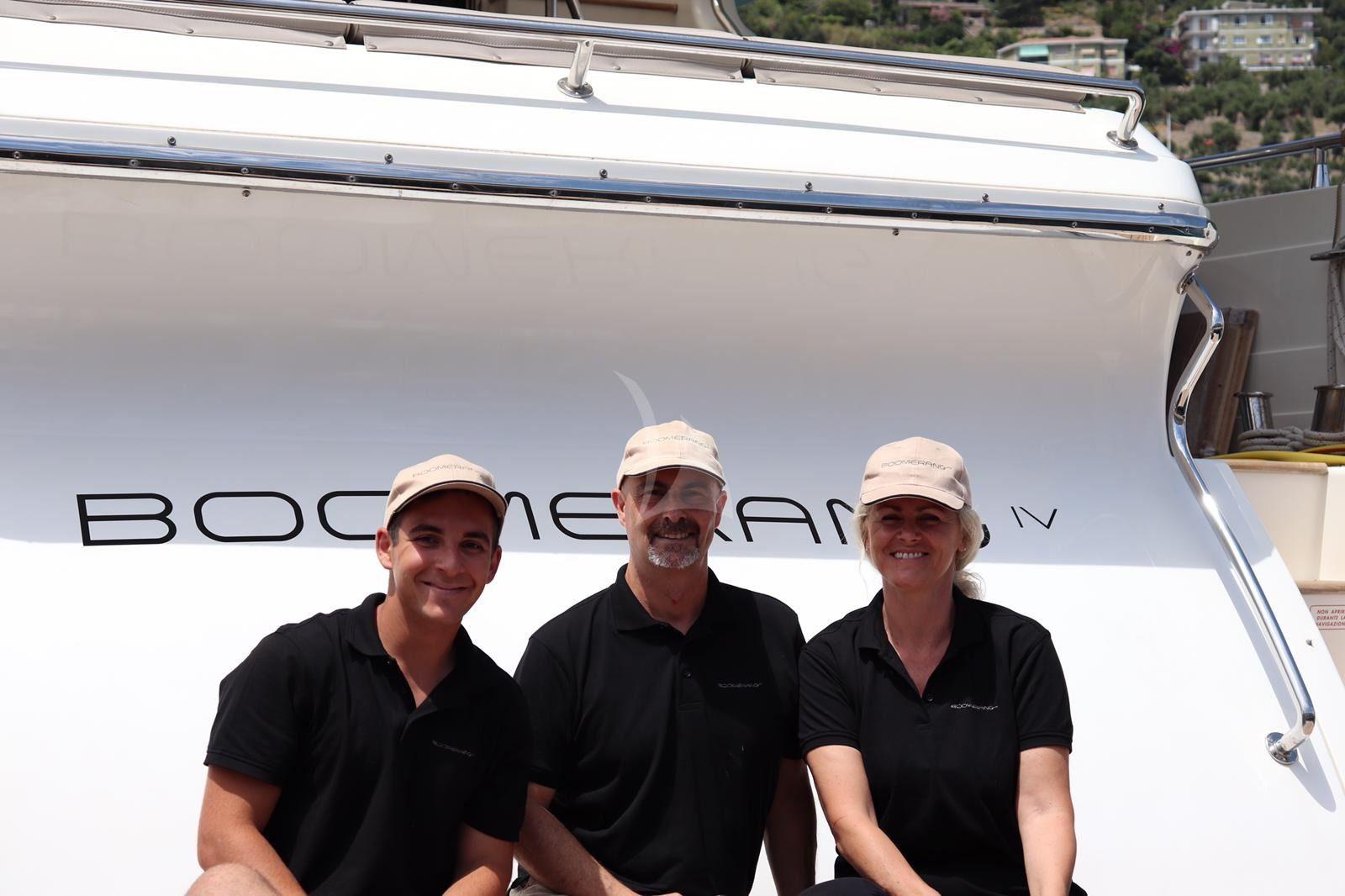 BOOMERAND IV - Crew