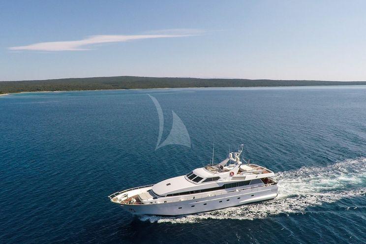 Charter Yacht BORA BORA II - Admiral 26 - 4 Cabins - Split - Dubrovnik - Kastela - Hvar
