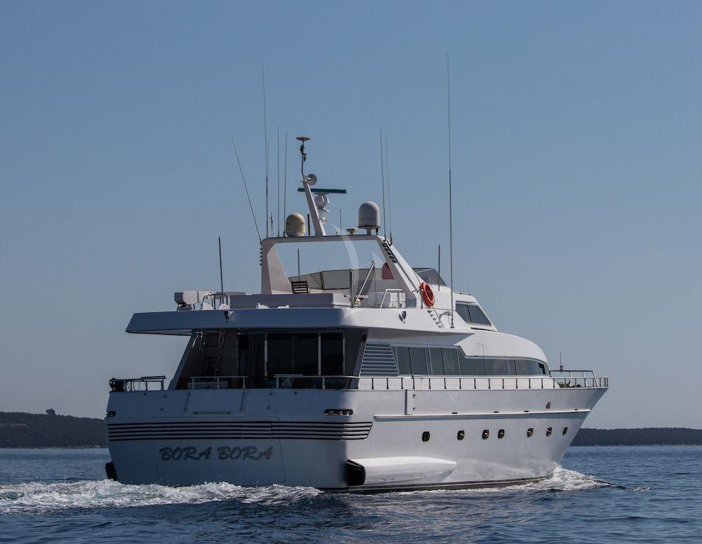 Bora Bora II - Admiral 26