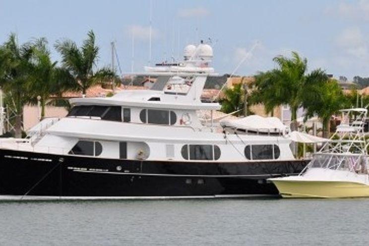 Charter Yacht BRAVO - Stephens 100 - 3 Cabins - Bahamas - Florida