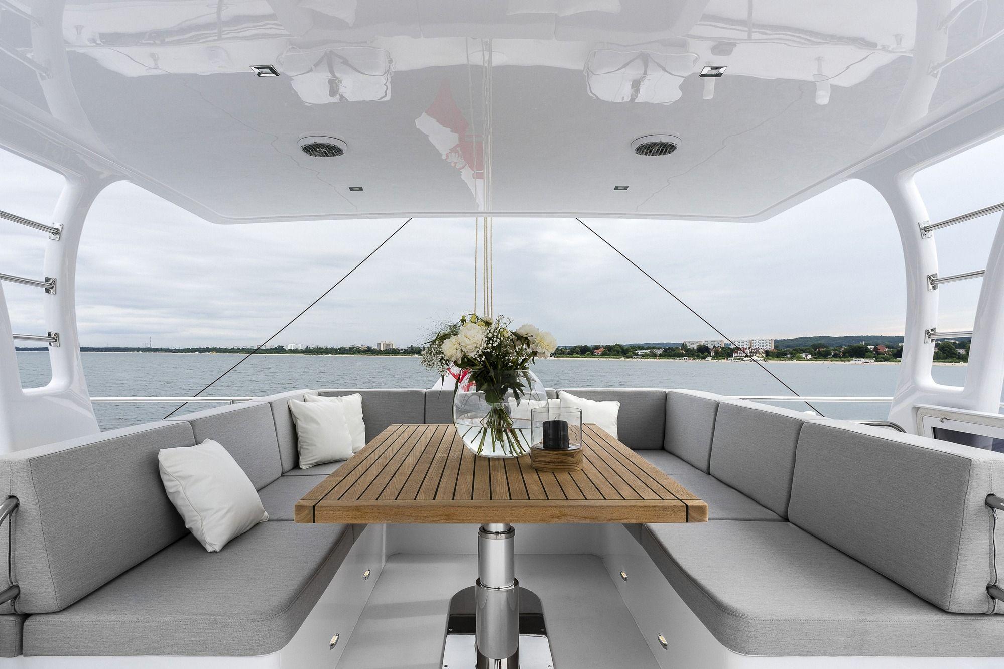 CALMAO Sunreef 74 Luxury Catamaran Flybridge