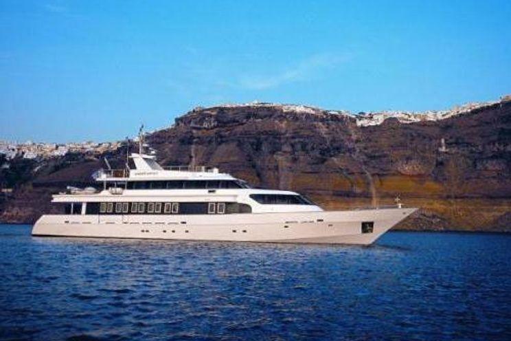 Charter Yacht CARMEN FONTANA - Custom Build - 5 Cabins - Athens