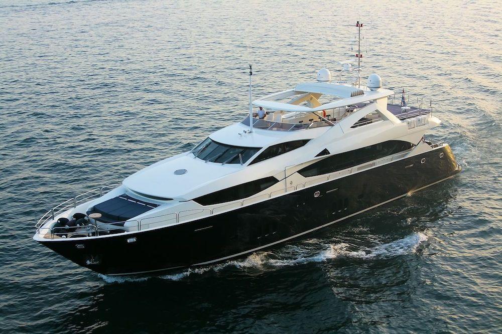 CASSIOPEIA - Sunseeker 34m - 5 Cabins - Split - Dubrovnik - Budva - Venice