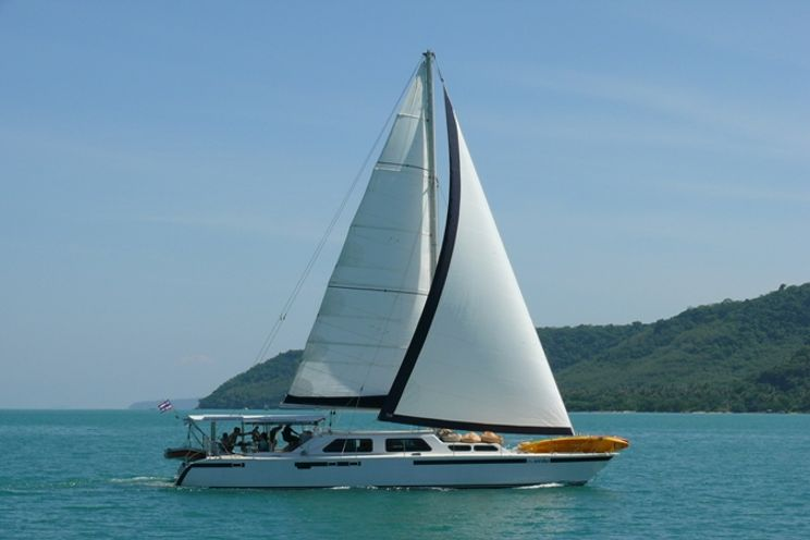 Charter Yacht Kelsall 58 - 6 Cabins - Phuket and Langkawi