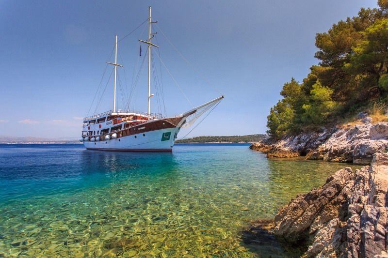 CESARICA - 40m Gulet - 11 Cabins - Split - Dubrovnik