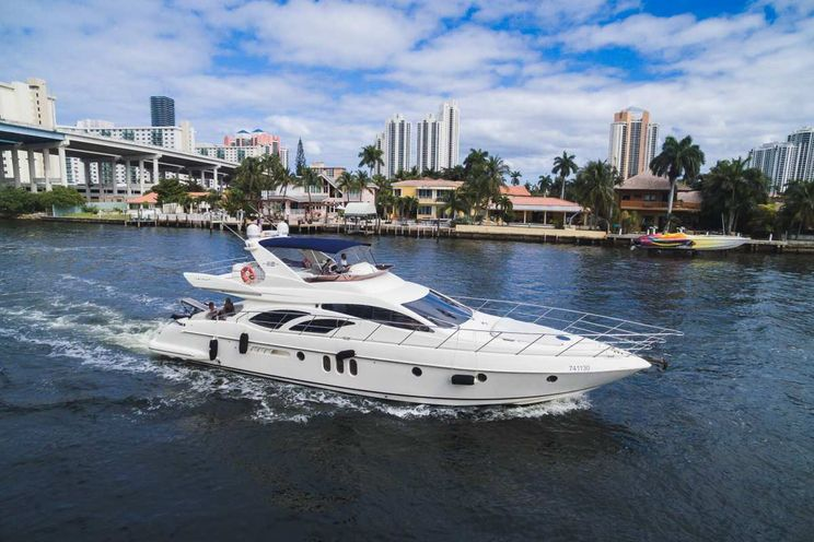 Charter Yacht C'EST LA VIE - Azimut 62 - Miami Day Charter Yacht - South Beach - Miami - Florida