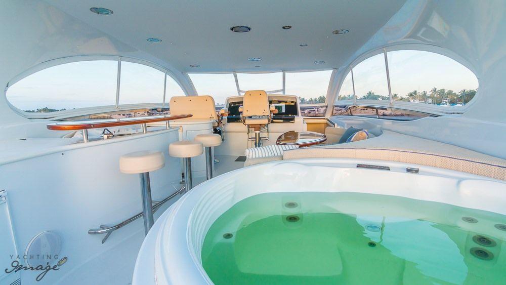 Miami Day Charter Yacht CHIP Lazzara 84 Jacuzzi