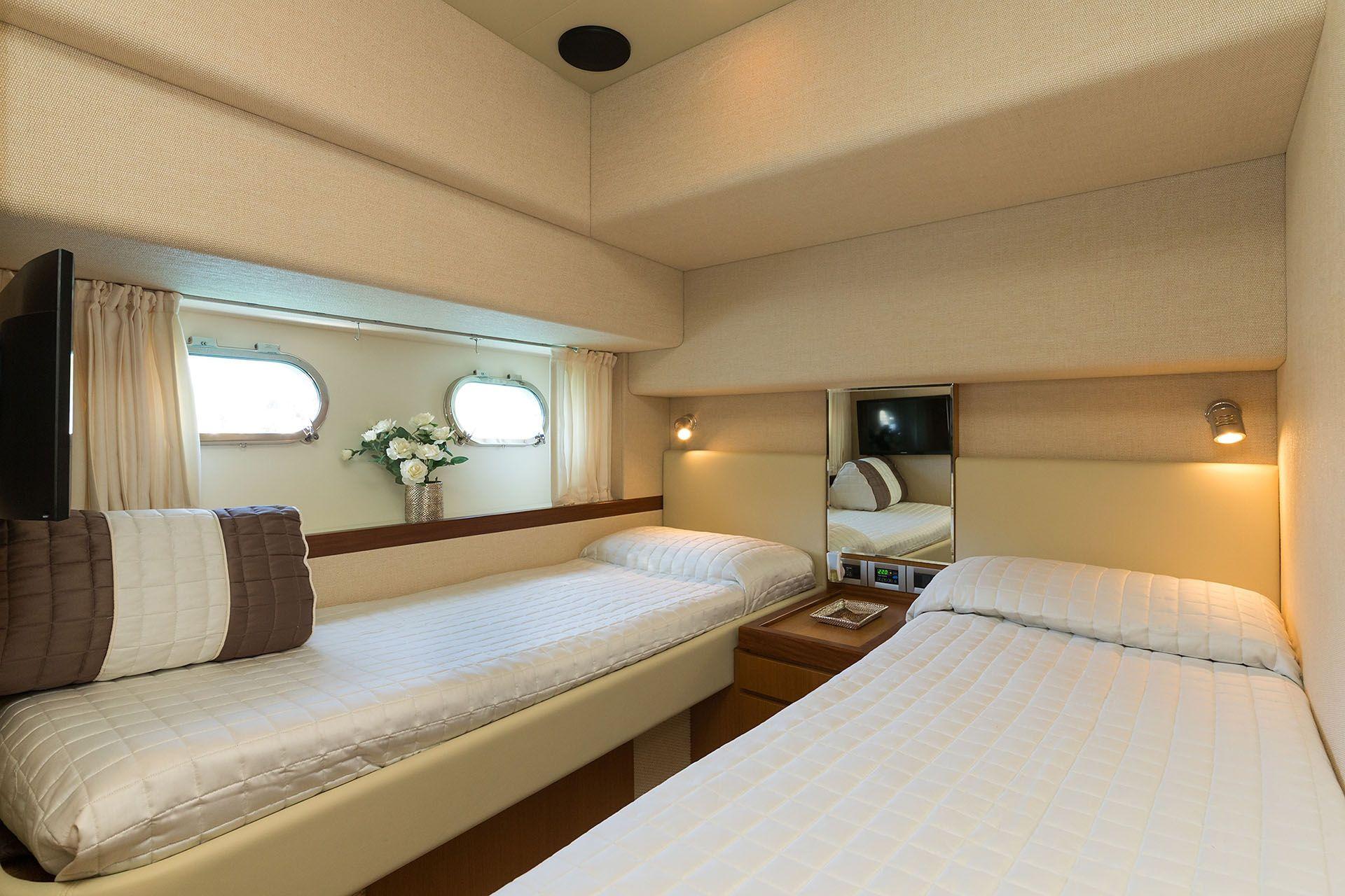 D`ARTAGNAN Ferretti 630 Luxury Motoryacht Twin Cabin