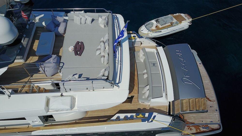 DRAGON Motor Yacht Aerial Sunbathing