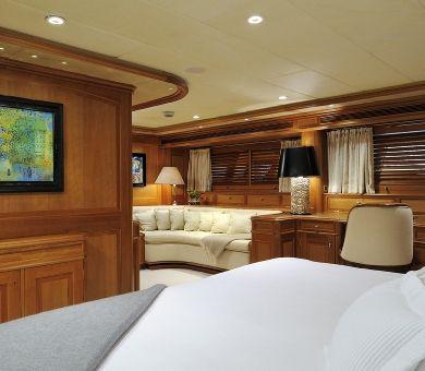 DRUMBEAT Alloy 53m Luxury Sailing Yacht Master Cabin