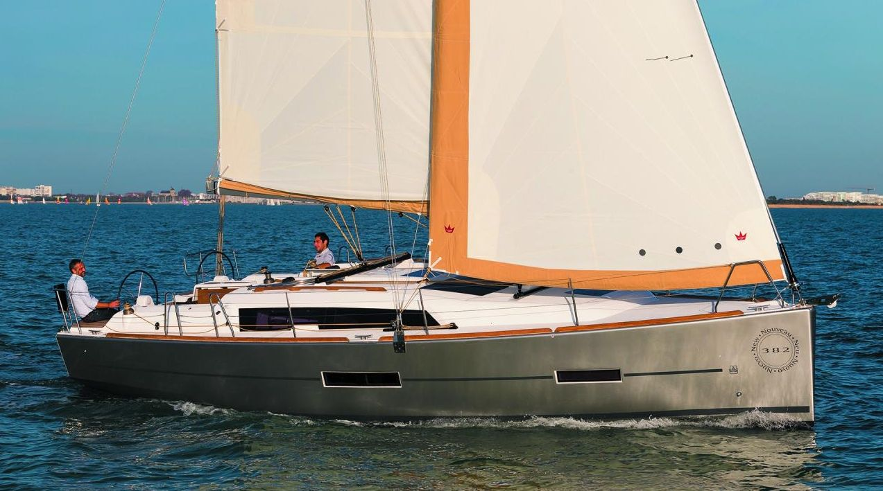 Dufour 382 - 3 cabins - Antibes