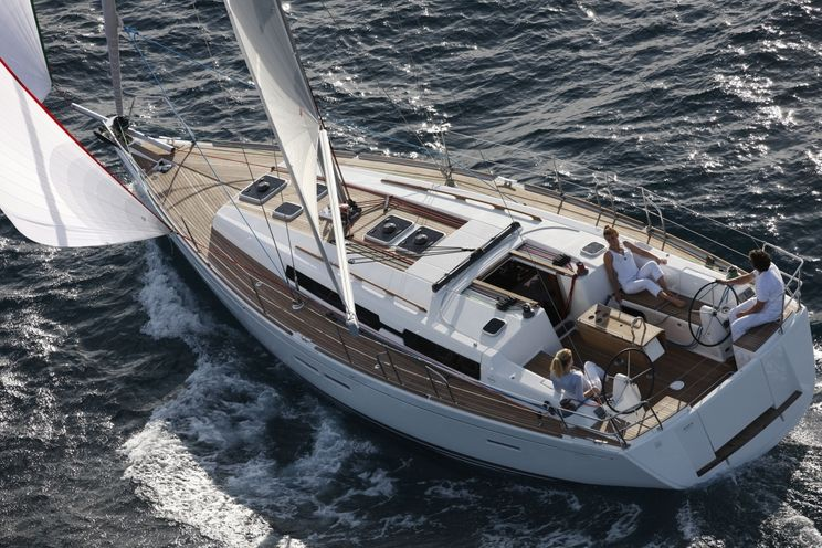 Charter Yacht Dufour 405 - 3 Cabins - Lanzarote