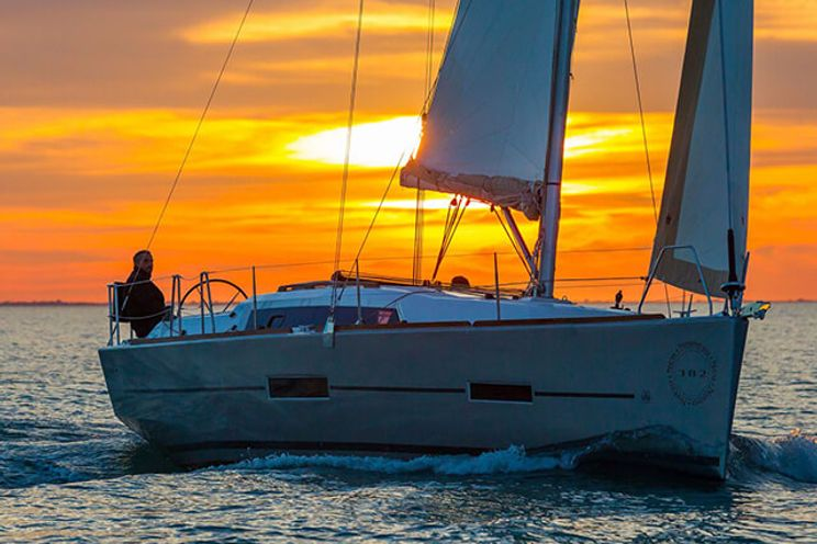 Charter Yacht Dufour 382 - 2018 - 3 Cabins(3 doubles)- Horta - Faial - Azores - Portugal