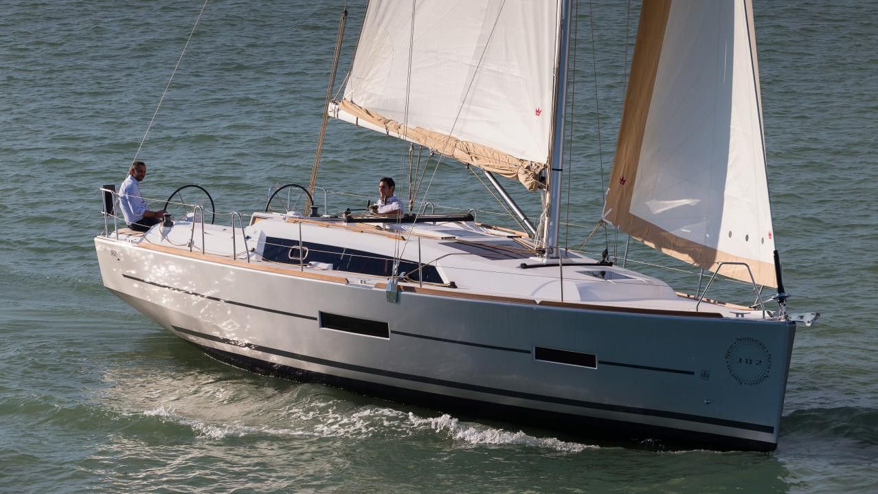 Dufour 382 Grand Large - 2017 - 3 Cabins(3 double)- Horta - Azores - Portugal