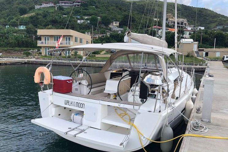 Charter Yacht Dufour 412 - 2018 - 3 cabins (3 double) - USVI - BVI