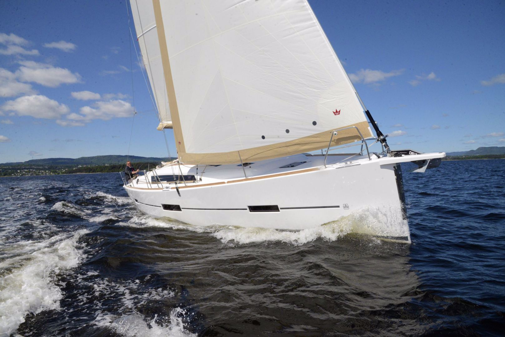 Dufour 412 Grand Large Bow