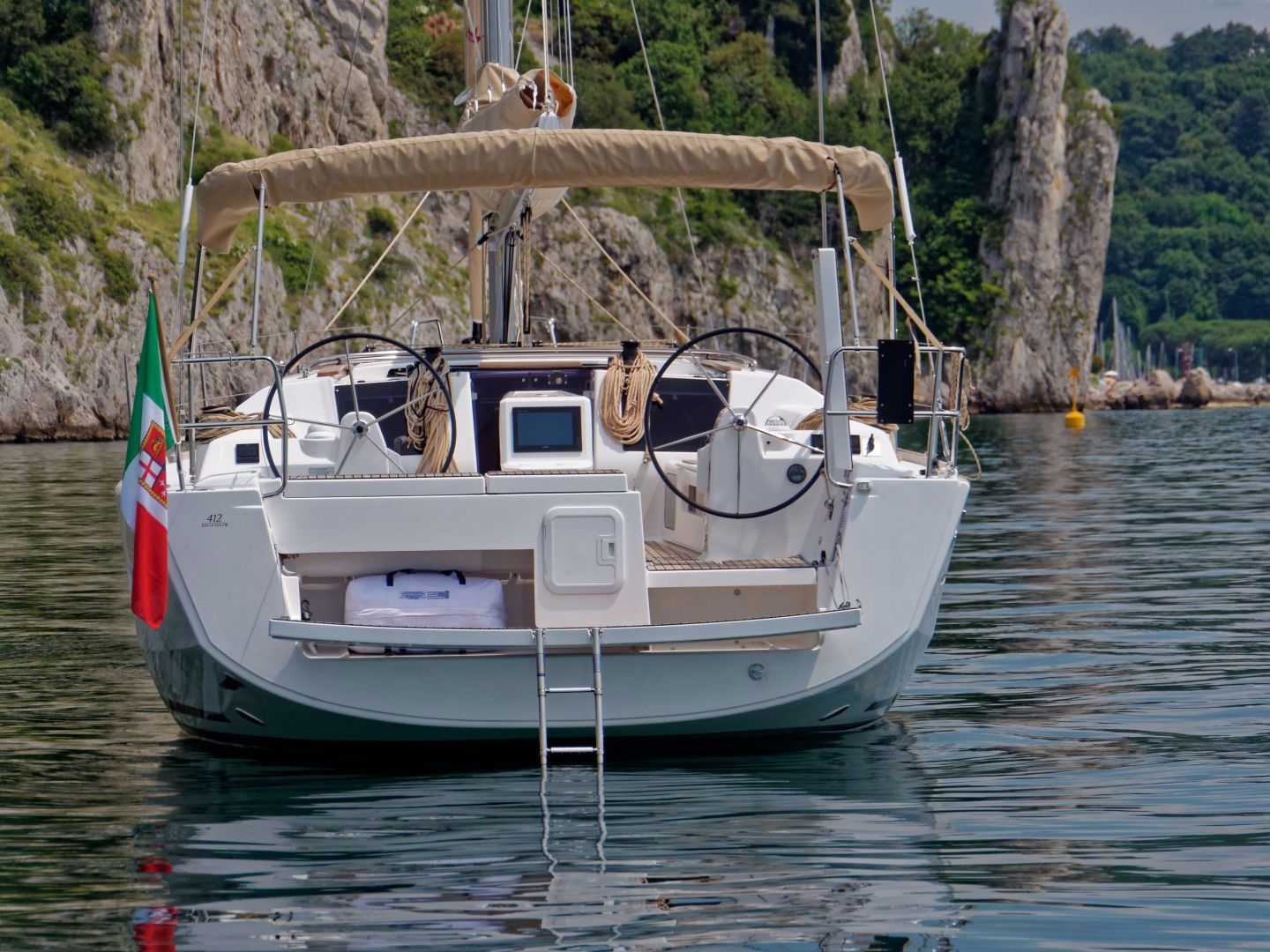 Dufour 412 Grand Large Aft