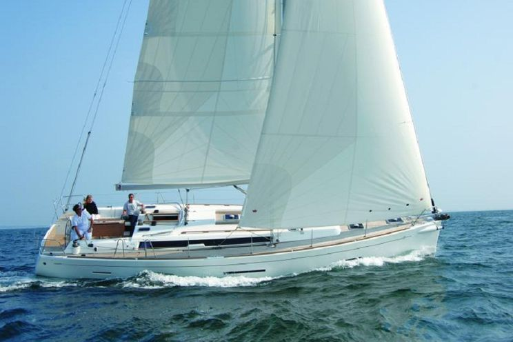 Charter Yacht Dufour 450 Grand Large - 2015 - 4 Cabins (4 double) - Horta -  Azores - Portugal