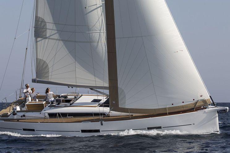 Charter Yacht Dufour 460 Grand Large - 5 Cabins (4 double + 1 bunk) - 2019 - Southampton - Hamble - Port Solent