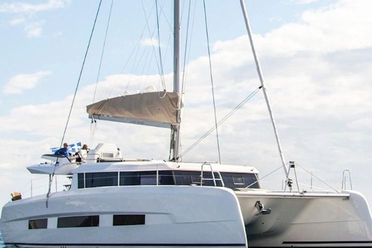 Charter Yacht Dufour 48 - 2021 - 6 cabins(4 double + 2 single)