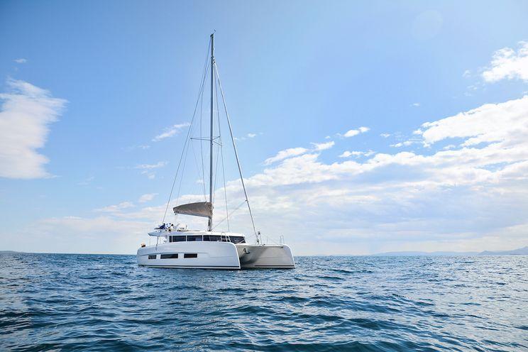 Charter Yacht SEA BREEZE - Dufour 48 - 4 Cabins - Mykonos - Paros - Santorini