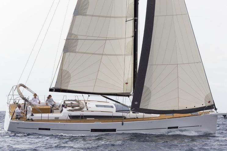 Charter Yacht Dufour 520 - 2018 - 4 + 1 cabins (4 double + 1 bunk) - Tuscany - Elba