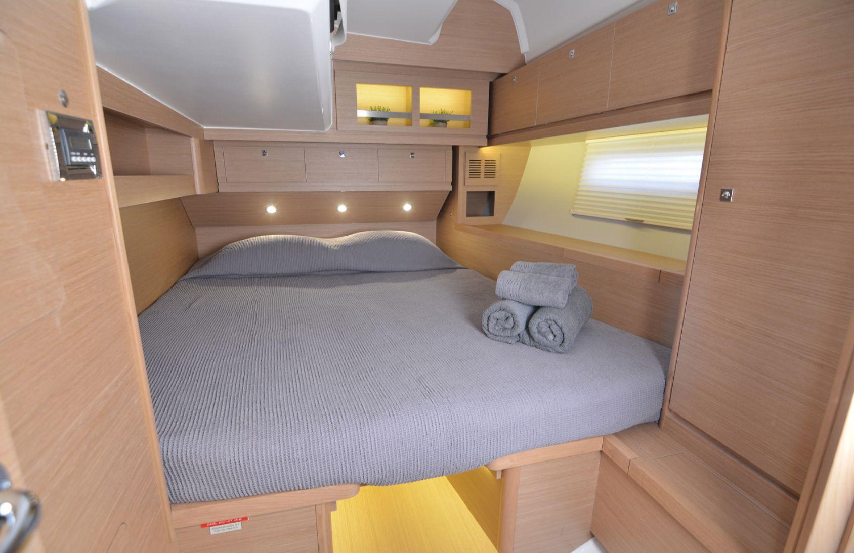 Dufour 520 Cabin