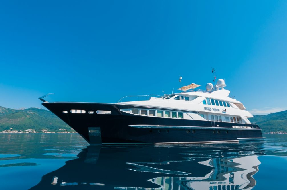 DUKE TOWN - Heesen 120 - 5 Cabins - Bodrum - Marmaris - Monaco - Nice - Antibes