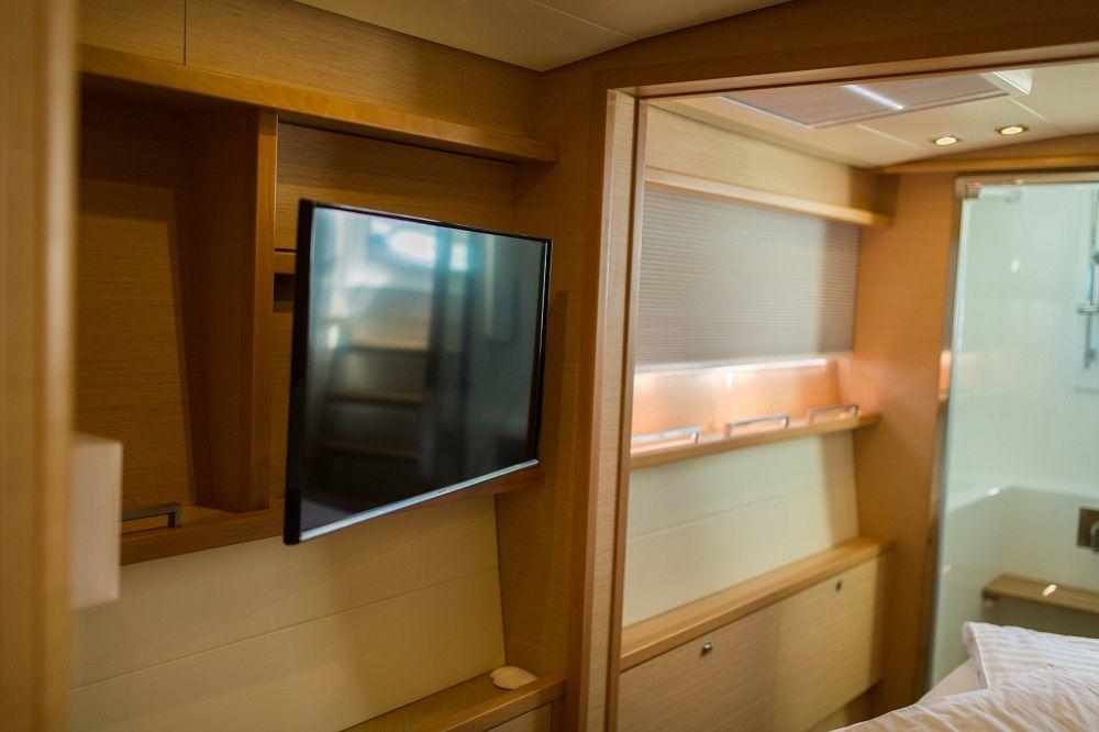 EAGLE OF NORWAY - Crewed Catamaran - Entertainment