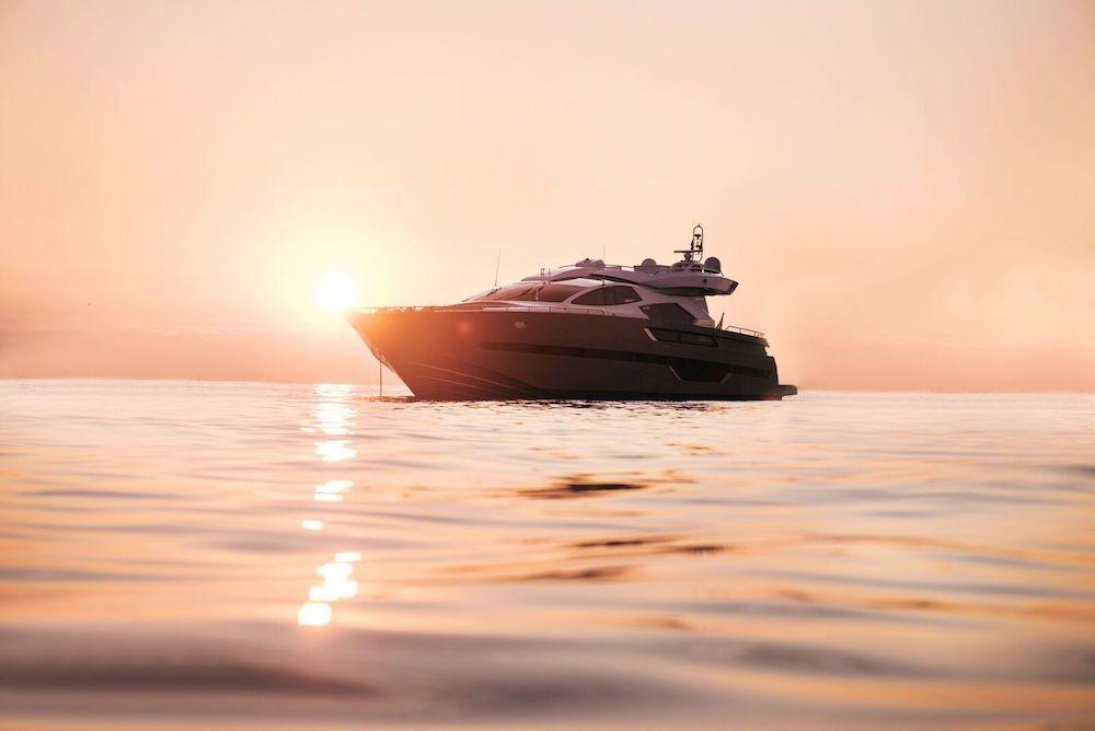 ELEVEN I Italcraft 90 Motoryacht Sunset