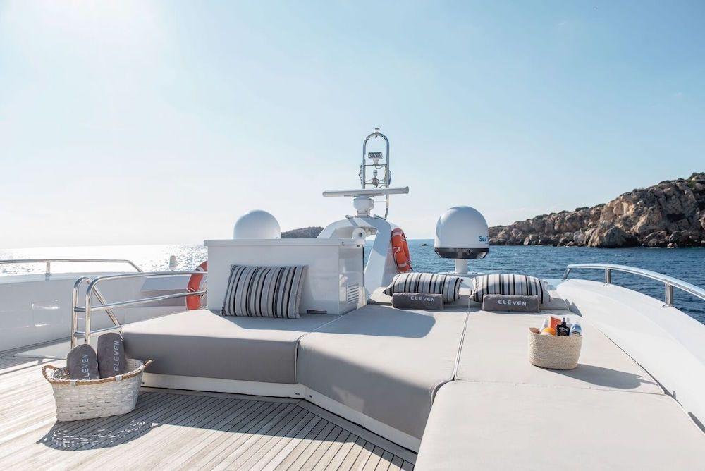 ELEVEN I Italcraft 90 Motoryacht Sundeck