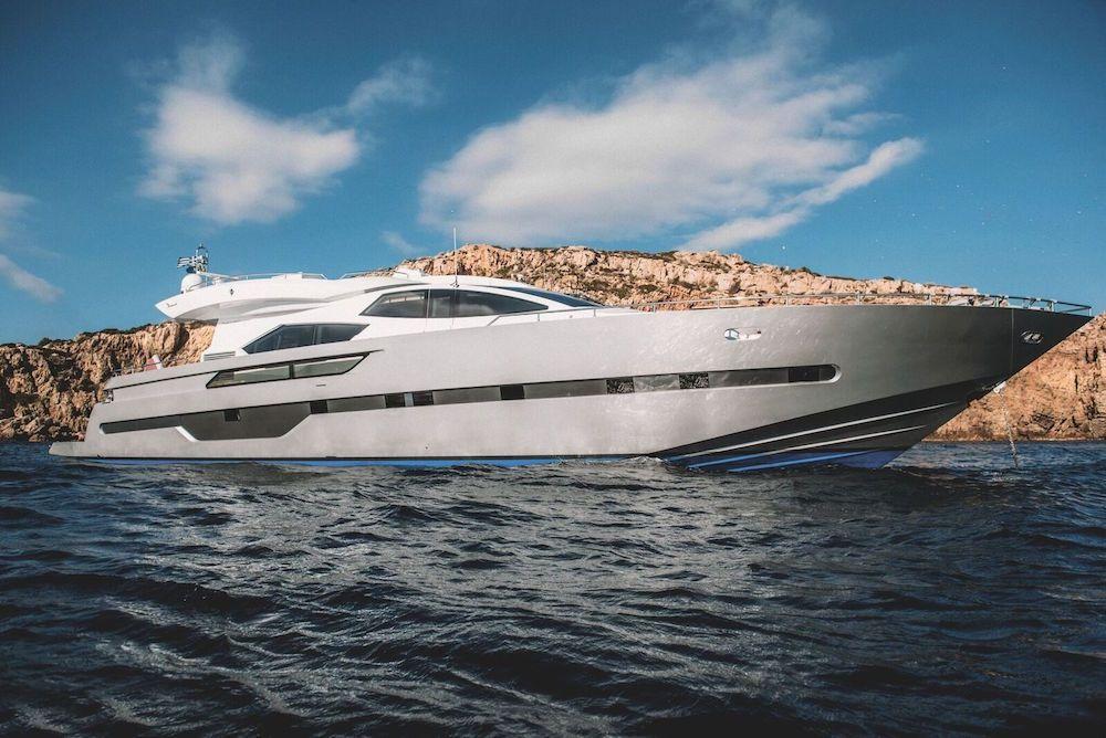 ELEVEN I - Italcraft 90 - 4 Cabins - Athens - Mykonos - Santorini