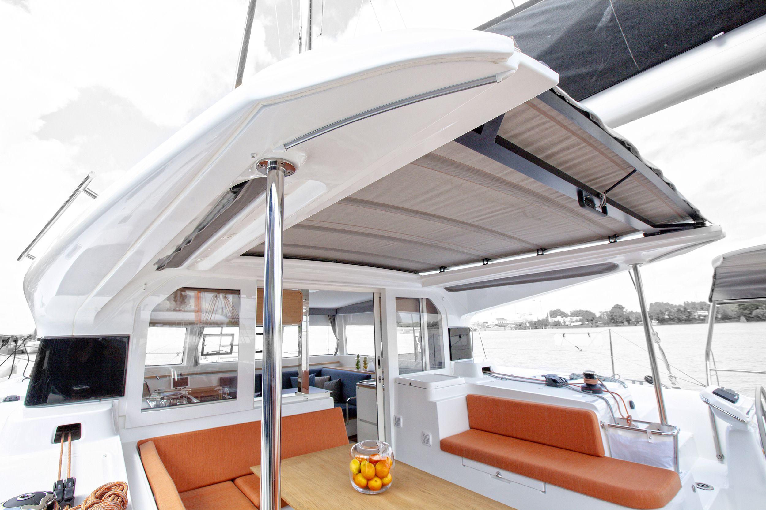 Aft deck space