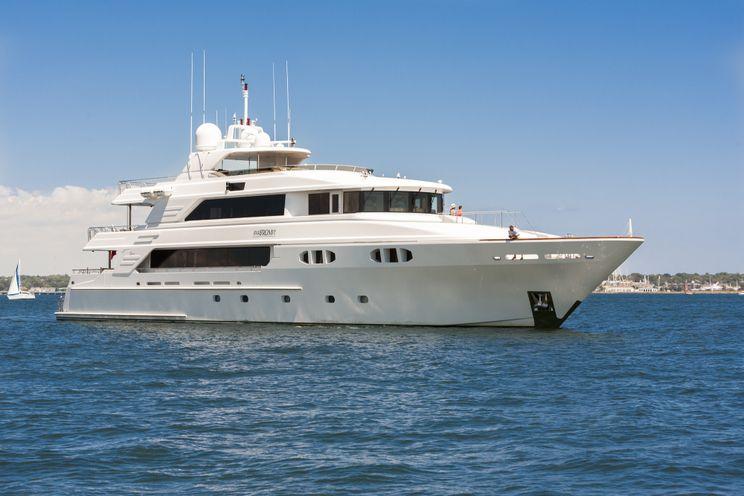 Charter Yacht FAR FROM IT - Richmond 142 - 5 Cabins - Bahamas - Nassau - Marsh Harbor - Abacos - Georgetown