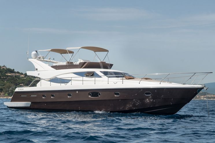 Charter Yacht FAST - Ferretti 620 - St Tropez - Cogolin - Port Grimaud - St Maxime