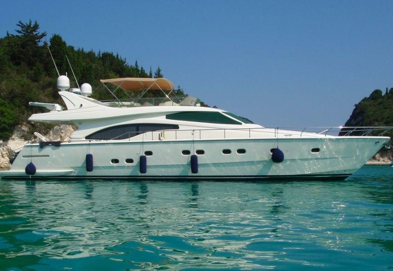 Ferretti 68 - Day Charter Yacht - Mykonos - Paros - Naxos - Delia