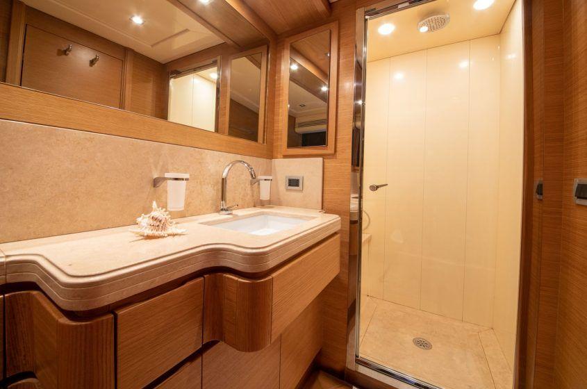 FUNDA D Bathroom