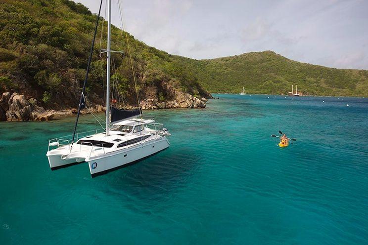 Charter Yacht Gemini Legacy 35 - 3 Cabins - Tortola