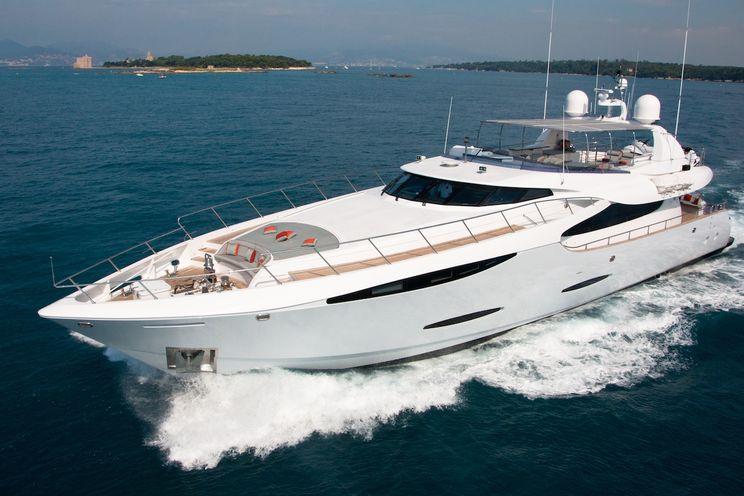 Charter Yacht GEMS - Notika 32.6m - 4 Cabins - Nice - Cannes - Monaco