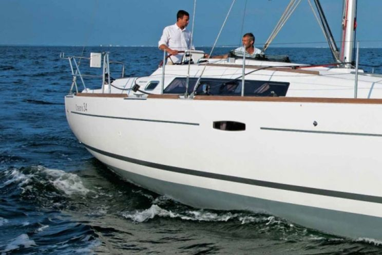 Charter Yacht Oceanis 34 - 3 Cabins - 2012
