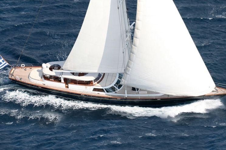Charter Yacht GITANA - 36m Perini Navi - 3 Cabins - Greece - Athens - Mykonos